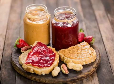 What-is-the-difference-between-peanut-butter-and-jam?